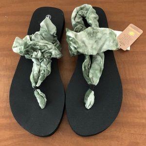 095b9db647e Raya Sun Shoes on Poshmark